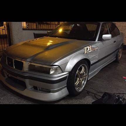 E36 BMW Coupe Fibreglass Front Wings 50mm Wider